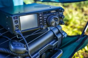 5 Tips for Choosing the Most Reliable Emergency Radio